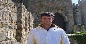 Edemar 35 years old I am from Cascais/Lisboa, Seeking Dating Friendship with Woman