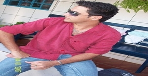 Carlosfreitas 41 years old I am from Wavre/Brabant Wallon, Seeking Dating Friendship with Woman