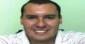 Principe077 41 years old I am from Fernando de la Mora/Central, Seeking Dating Friendship with Woman