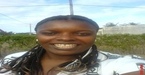 Ginelca 41 years old I am from Maputo/Maputo, Seeking Dating Friendship with Man