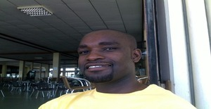 Cassimito 39 years old I am from Beira/Sofala, Seeking Dating Friendship with Woman