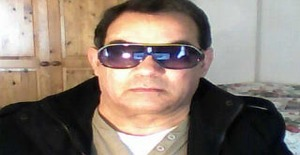 Salvadorsantos19 67 years old I am from Londres/Grande Londres, Seeking Dating Friendship with Woman