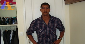 Armindoramos 42 years old I am from Noisy-le-sec/Ile de France, Seeking Dating Friendship with Woman