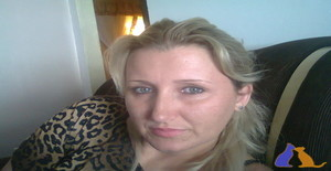 Sanar 40 years old I am from Salto Del Guairá/Canindeyú, Seeking Dating Friendship with Man