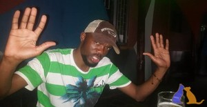 Phiks 35 years old I am from Matola/Maputo, Seeking Dating Friendship with Woman