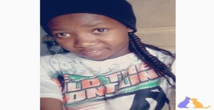 dona pequena 20 years old I am from Maputo/Maputo, Seeking Dating Friendship with Man