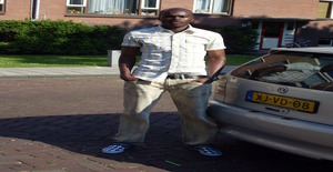Kluivert 34 years old I am from Heemskerk/Noord-holland, Seeking Dating Friendship with Woman