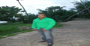 Miguelt.mato 38 years old I am from Santo Domingo/Distrito Nacional, Seeking Dating Friendship with Woman